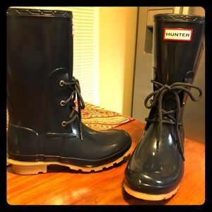 New, never worn Hunter Ackley Wellies Size 6